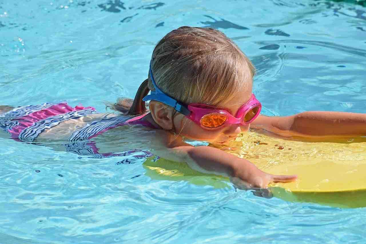sac piscine maternelle.jpg